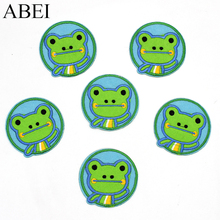 10pcs/lot Cartoon frog Appliqued Iron On Animal Patches Clothing Sticker Lovely Patch Garment Sewing Accessories Supplier