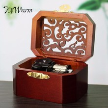 KiWarm Vintage Hollow Pattern Clockwork Type Music Box Hand Cranked Music Box Wooden Musical Box Jewel Crafts Ornament