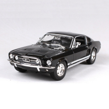 1/18 Scale Maisto Ford Mustang 1967 GTA Fastback Muscle Models Black and Green Children Gifts For Boys Collections Displays(China)