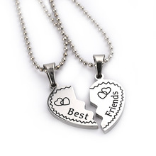 "2017 ""Best Friends"" Girlfriend Nest Chain Friends Pendant Necklace One Half Of Europe And The United States Fashion Jewelry"