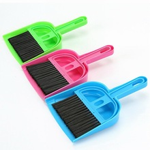 Creative thicken plastic desk cleaning set mini desktop keyboard cleaning brush brush with a small broom dustpan