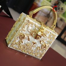 4 Colors Available Diamond Ballot Lock Luxury handbag Evening bag Clutch party purse box women bag Elegant lady Tote 2017