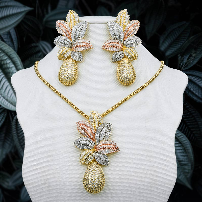 ModemAngel Luxury Leaf Pineapple Flower Pendant Necklace And Earring Cubic Zirconia Paved Wedding Party Fashion Jewelry Women