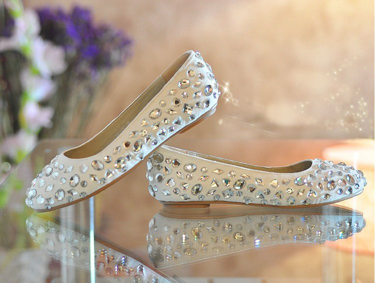 2016 Shoes women Formal Dress Shoes Fashion Flat Heel Bridal Wedding Dress Shoes Glitter Dance Party Prom Pageant Event Shoes<br><br>Aliexpress