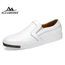 ALCUBIEREE 망 패션 악어 (eiffel tower) 패턴 Shoes Men Casual Slip-on Driving Shoes 남성 Genuine Leather 모카신 Size 38- 44(China)