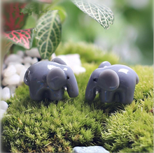 20pcs resin mini cute animal micro landscape decoration And the fairy garden DIY furniture furnishing articles.