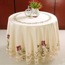 Hot Selling Elegant Round Floral Embroidery Tablecloths Kitchen Embroidered Decoration Home Dining Table Cloth Cover Overlays