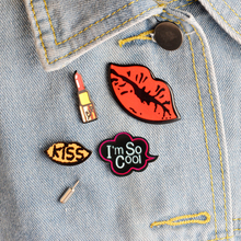4pcs/set I'm so cool Lipstick Sexy Red Lips KISS Metal Brooch Pins Collar Button Pin Denim Jacket Lapel Pin Badge Gift Jewelry