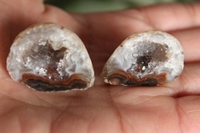 (a pair) 100%  Natural Crystal  Agate geode   Mineral Specimen
