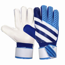 WOERAO New Adult  Professional Thicken Full Latex Football Goalkeeper Gloves Goal Keeper Finger Guard Non-slip Breathable Glove