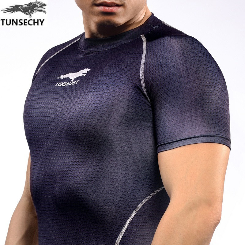 NEW Mens Compression Shirts Bodybuilding Skin Tight Short Sleeve Jerseys TUNSECHY brand Crossfit Outdoor sports bike t Shirt 242