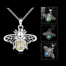 New Luminous Bee Necklace Fluorescent Stone Hollow Locket Cage For Women Night Light @M23