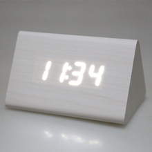 Brand New 2 x AAA/ USB Powered Mini Wooden Electronic Desktop Digital Table Clocks LED Alarm Clock 3 Styles