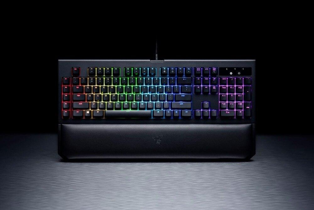 Razer-BlackWidow-Chroma-V2-Gaming-Keyboard