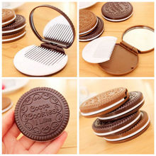 Mini Pocket Chocolate Cookie Biscuits Compact Mirror With Comb ~Cute~(China)