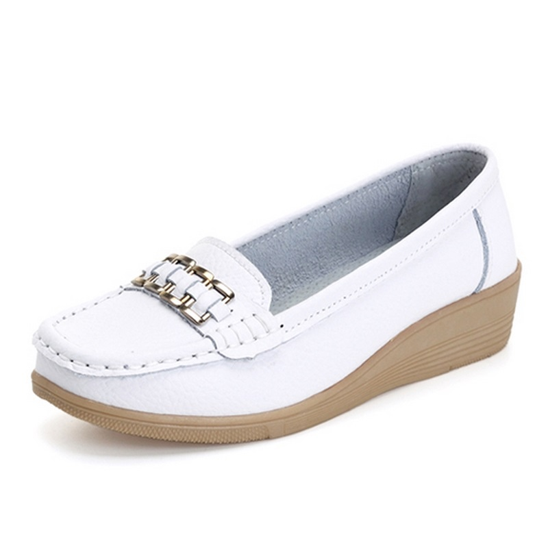 Promotional female nurse loafers summer solid low help work shoe leather lazy driving shoes women femininas flats A329<br><br>Aliexpress
