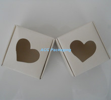 4*4*2cm Heart Hollow Out White Kraft Paper Craft Gift Package Box For Party Gifts Biscuit Handmade Soap Cardboard Packing Box