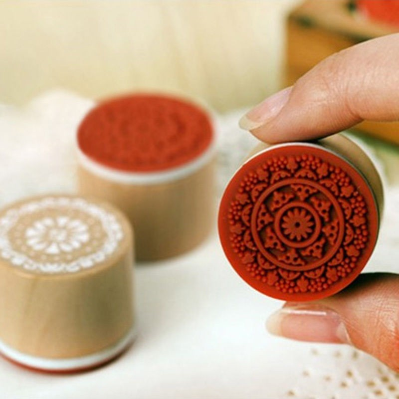 Vintage Floral Flower Pattern Round Rubber Wooden Stamp Scrapbook Retro Stamping 6 Pieces/Set<br><br>Aliexpress