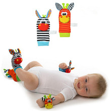 One Pair Lovely Infant Baby Kids Animal Bells Foot Sock Rattles Soft Toys - Random Delivery