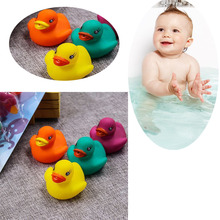 4 PCS/lot Rubber Colorful Duck Children Water Bath Toys Beach Swimming Pool Baby Shower Toys 4 Colors