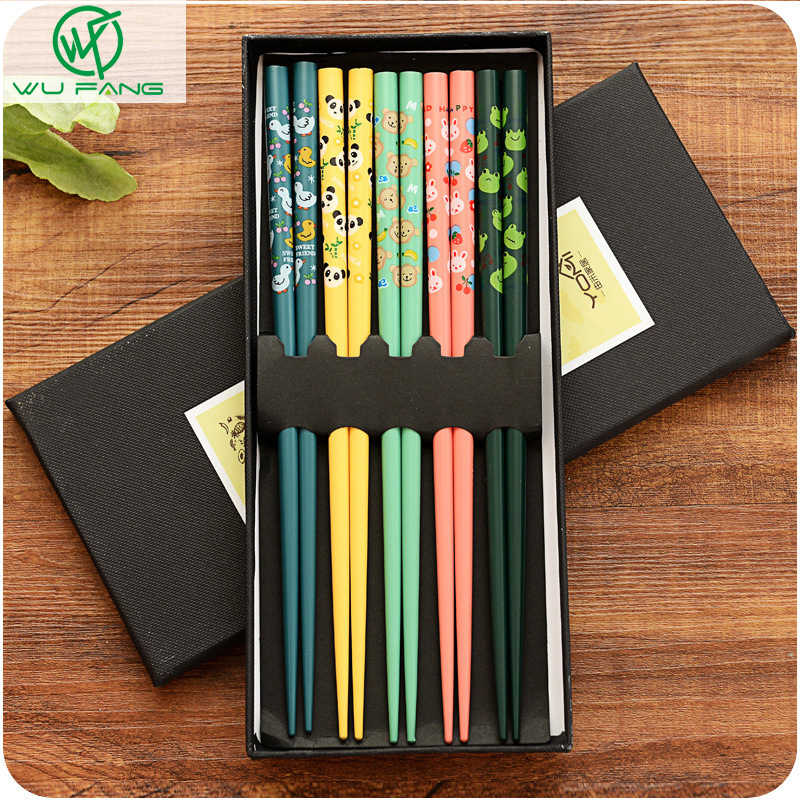 5 Pairs Japanese Style Non-Slip Reusable Natural Bamboo Chopstick Chinese Printing Patterns Stick for Food Sushi as a Gift 5 Pa