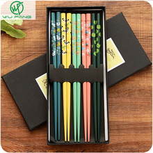 5 Pairs Japanese Style Non-Slip Reusable Natural Bamboo Chopstick Chinese Printing Patterns Stick for Food Sushi as a Gift 5 Pa(China)