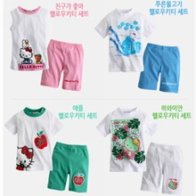 2014 Hawaii hello Kitty  suit  girls summer wind new cartoon printing short sleeve T-shirt + pants sets kids clothing