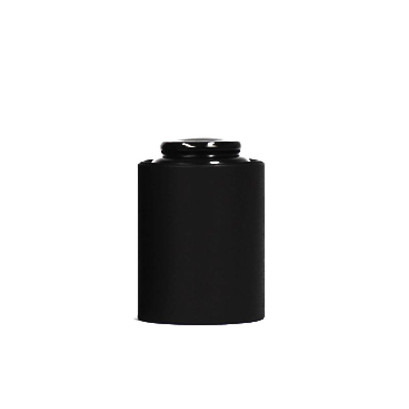 black round box (2)