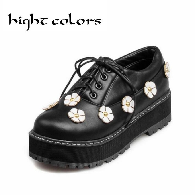2017 New Womens FLOWER Shallow Mouth Low Flat Shoes Fashion British Style Lace Up Oxfords Shoes For Women Martin Shoes Female<br><br>Aliexpress