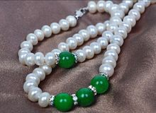 7-8mm freshwater cultured white pearl necklace bracelets + 8mm emerald 18inch(China)