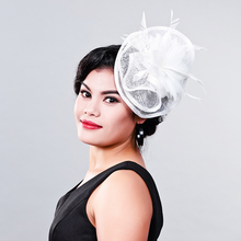 Ladies fancy races white wedding hats and fascinators feather hair accessories women party tocados sombreros bodas sinamay hats(China)