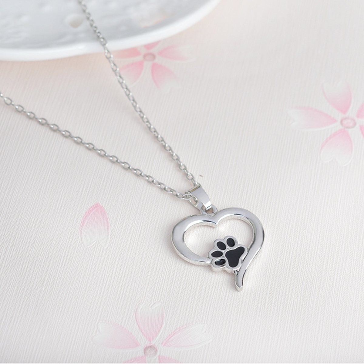 Silver Crystal Animal Pet Memorial Necklaces Cat Dog Puppy Print Heart Shape Pendant Necklace Rhinestone Shellhard Jewelry