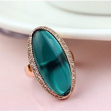 DCM Free Shipping fashion jewelry Rose Gold Color Austrian Crystal Hyperbole Rings Fashion green Ring for women Gift