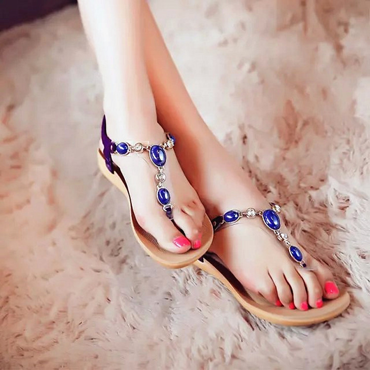 2017 New summer explosion of flip flops and beaded shoes trade flat diamond gem thonging<br><br>Aliexpress