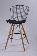 Minimalist Modern Design Steel wire seat Wooden Leg Padded Counter stool Wire Bar Chair Modern Simple Design Furniture bar stool