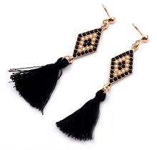 Find Me 2017 brand fashion wholesale punk feather color beads Drop earrings Vintage long tassel Earrings for women Jewelry