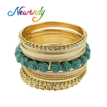 Newindy 11pcs/set Green Resin Flower Shape Rhinestone Multilayer Enamel Wrap Bracelets sets and Bangles For Women(China)