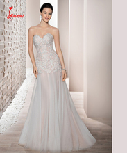 Amdml Ivory Appliques A-line Tulle Wedding Dresses 2017 Bling Beaded Sweetheart Line Champagne Satin Open Back robe de mariage
