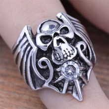 2016 New Stainless Steel Men's Cubic Zirconia Skull Head Finger Rings Fashion Gothic Biker CZ Crystal Jewelry Size 8-12 (A482)