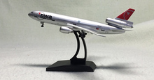 DW 1: 400 Douglas DC-10 Northwest Airlines passenger plane model N226NW Plastic packaging(China)