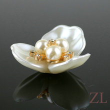 37mm Acrylic Flower Beads White Imitation Pearl / Diamonds Charms DIY Hair/Garment Craft Decoration Jewelry Making