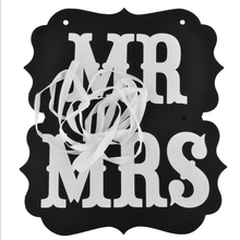 1 Set Creative Wedding Pictures MR and MRS Letters Banner Photography Props Essential Funny Prom Festive Party Decoration