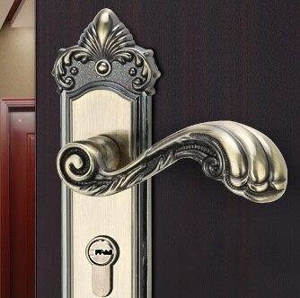 567329-B Antique Bronze Color Zinc alloy antique style bronze door lock door security safe lock with handle<br><br>Aliexpress