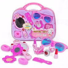 Make Up Game Toy Set for Baby Girl Plastic Miniature Hair Dryer Comb Pretend Play Children's Suitcase Kid's Educational Toy Gift(China)