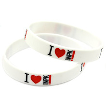 Promo Gift Bulk Cheap Promotional Silicone Wristband Bracelet Debossed Logo(China)