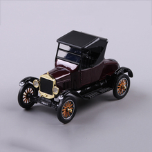 1/24 Scale Classic 1932 Ford T Vintage Car Model Deep Red Color for Collections