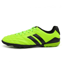 New Genuine Football Shoes Grass Children Adult Broken Nails Training Shoes Student Sports Shoes Younger Generation Spor Soccers(China)