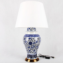 China Antique Living Room Study Retro Vintage Table Lamp Porcelain Ceramic Table Lamp wedding decoration table lamp vintage(China)