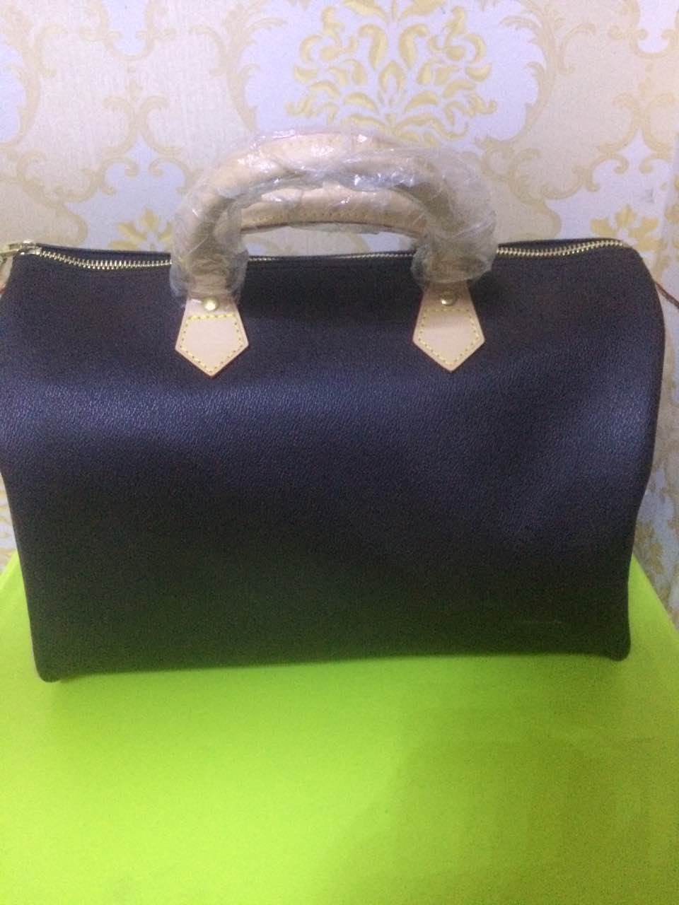 Best selling explosion!!! 2017 new fashion womens handbag Speedy bag 30 / 35cm. Free Delivery<br>