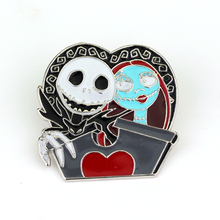 The Nightmare Before Christmas Brooches New Design Vintage Skull Brooches for Women High Quality Fashion Enamel Pin